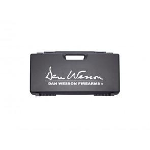 Dan Wesson platik kuffert (23 x 46 cm).
