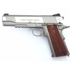 Softgun CO2 pistol Colt 1911 Rail Gun, blowback.