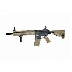 Softgun ARMALITE M15 ASSAULT, Fuld metal version i tan.